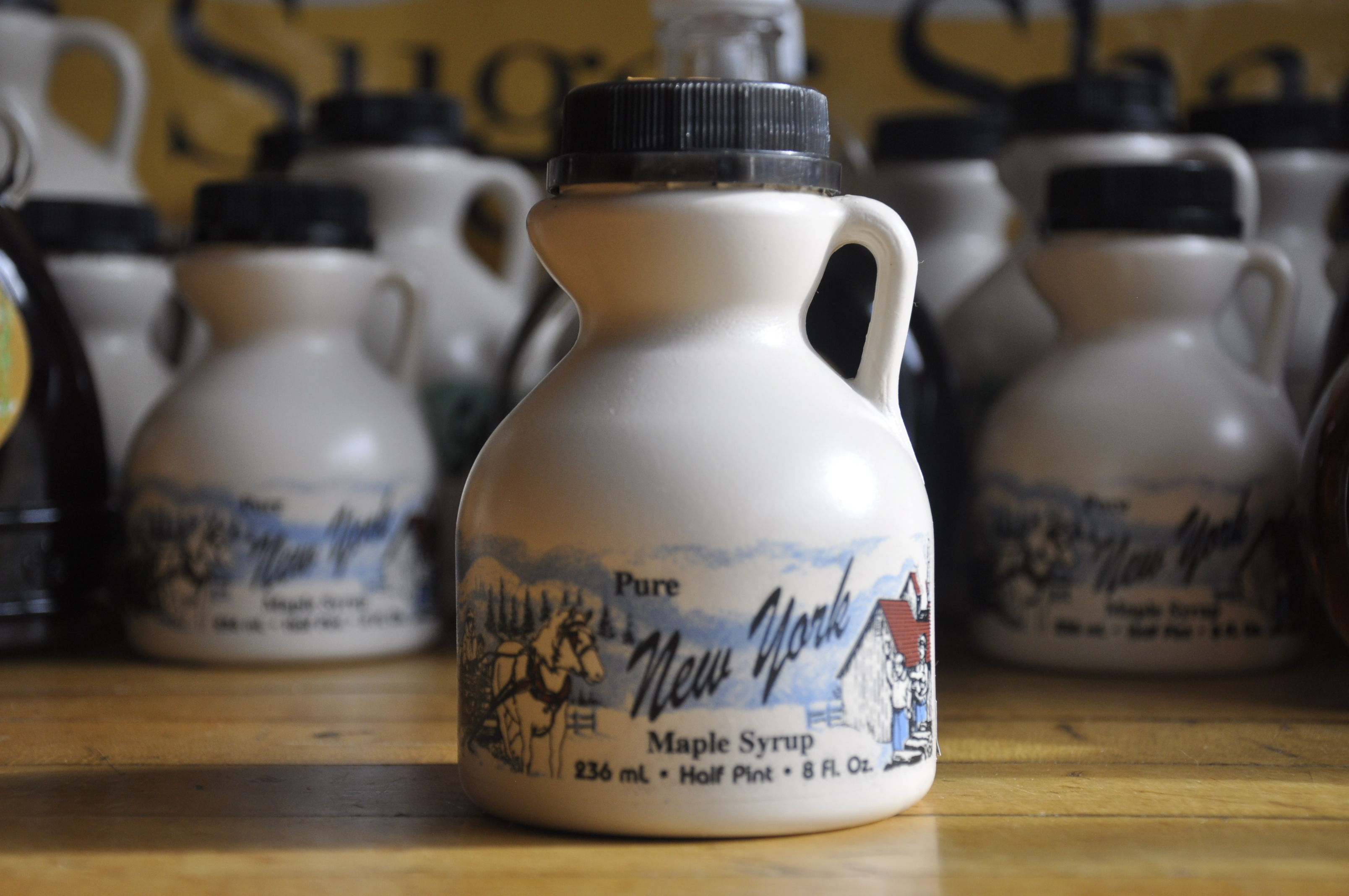Maple Syrup Plastic - Half Pint