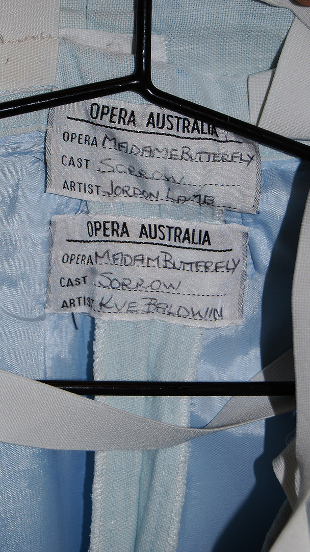 Yes my spelt my name wrong. This costume went all around the world. There was about 8 different tags with different kids names sewn in to it.