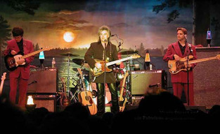 Marty Stuart and the Fabulous Superlativ