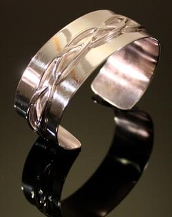 Cuff Bracelet w/Center Braid