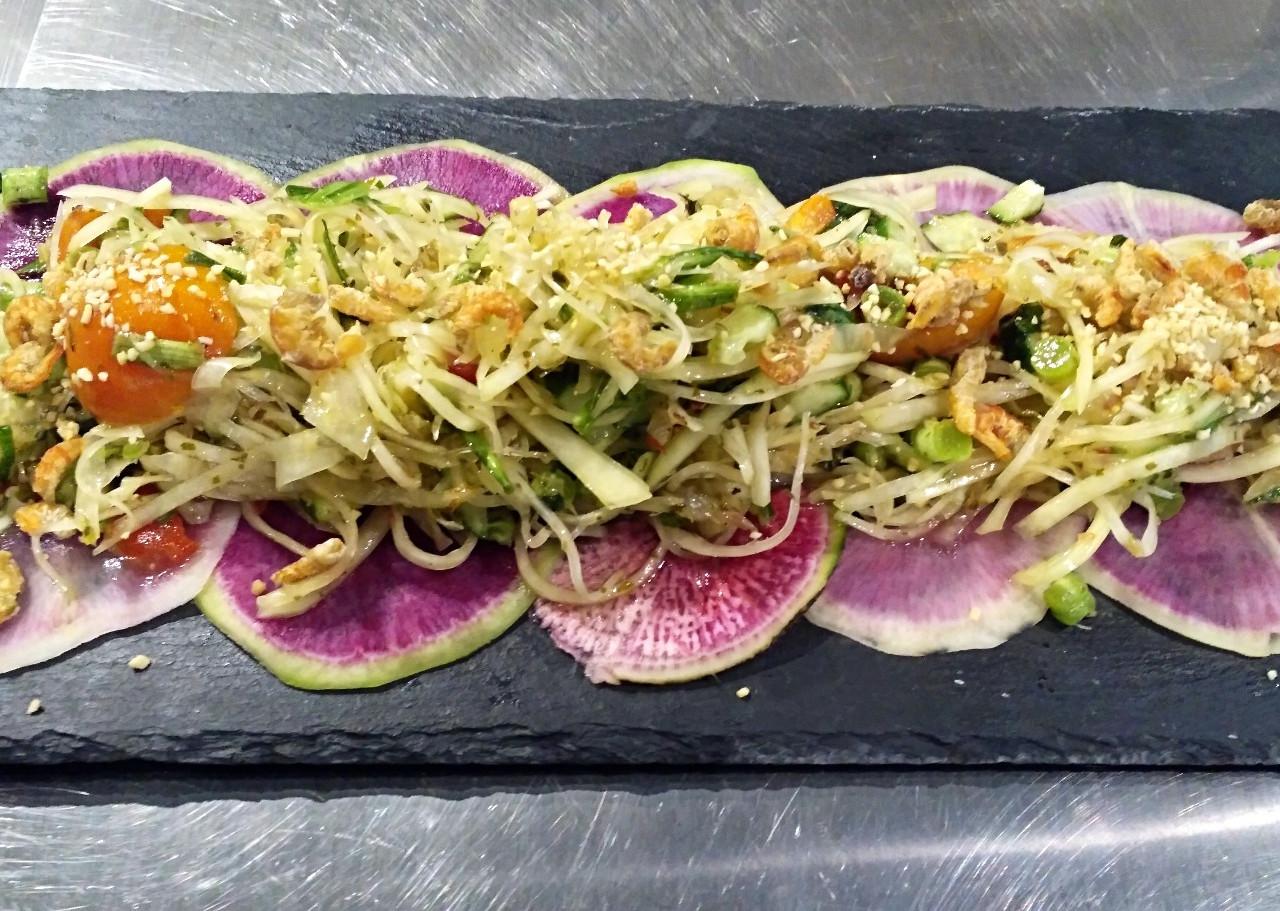 Fresh Salad with Euglena
