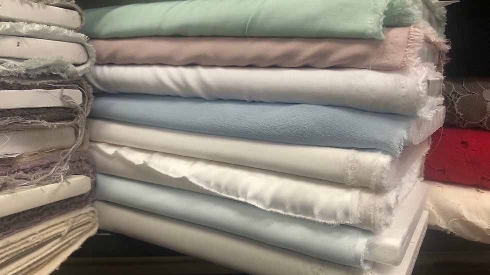Blusen- T-Shirtstoffe