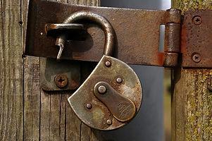 Padlock-door.jpg
