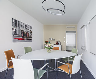 Rent one of our conference rooms in Berlin now.