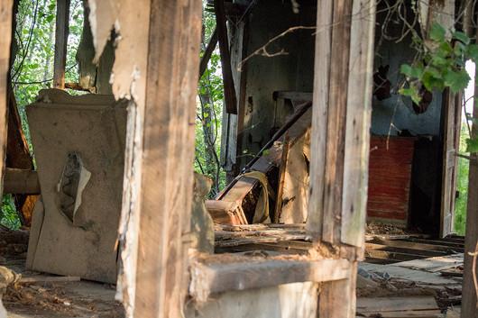 Abandoned_House_5.jpg