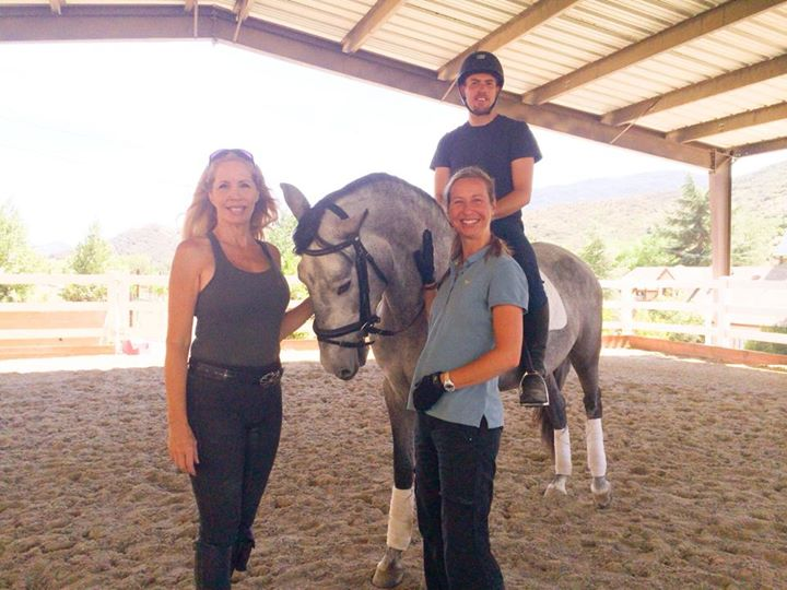 Facebook - Amazing Bethany Bernatsky Clinic today training this sweet (almost) 3