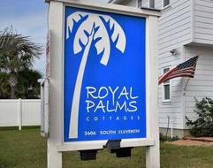 Royal Palms Sign Community