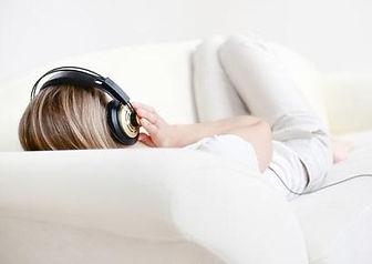 listen-music-ipod-410x290_0.jpg