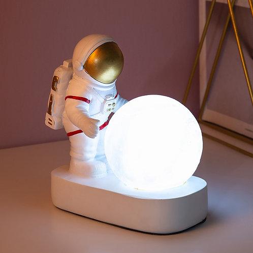 Cute Cosmonaut Desk Night Light Creative Astronaut Resin Ornaments