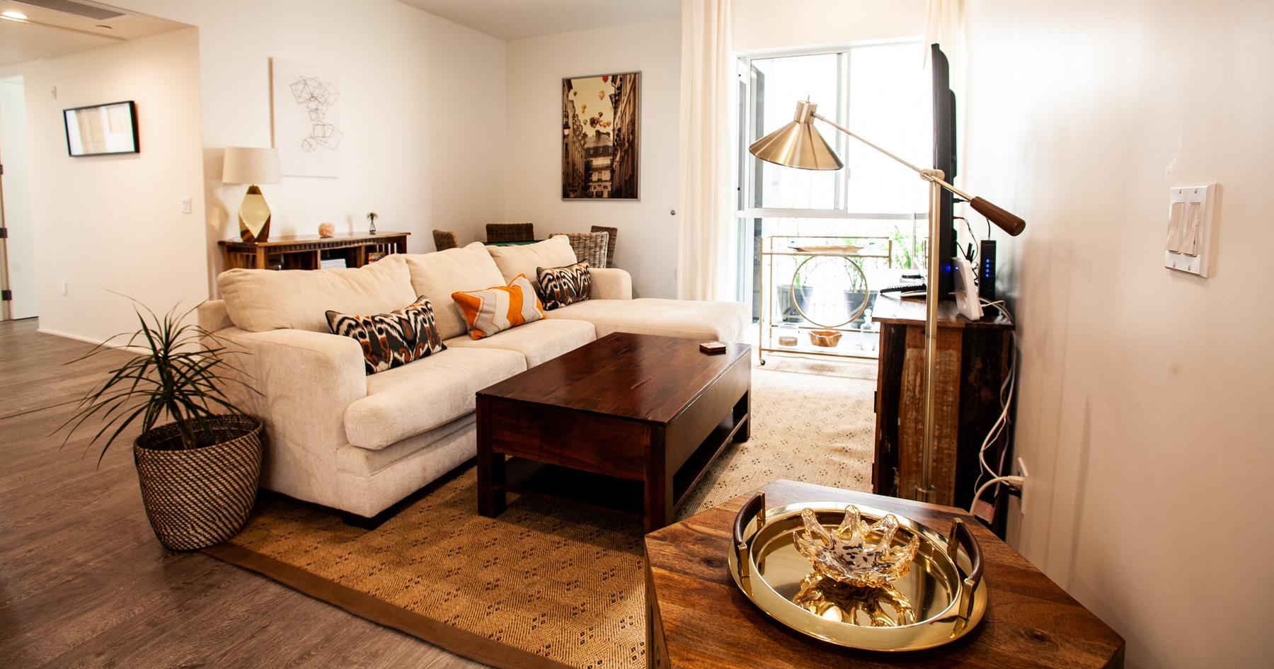 Living room at Mariposa