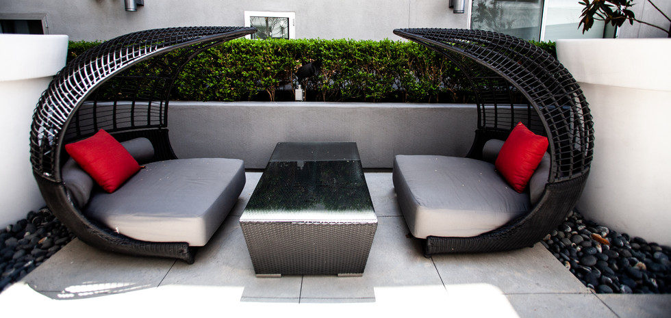 Sawtelle Condo Outdoor Lounge Area