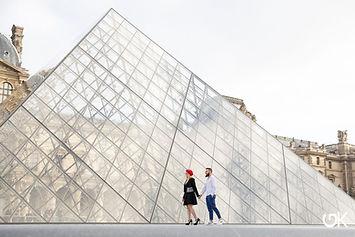 Couple_Louvre.jpg