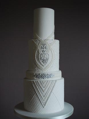 emma-stewart-cake-design-beaded-wedding-