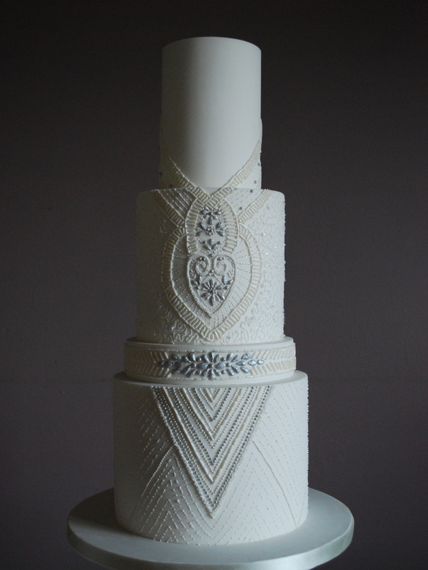 emma-stewart-cake-design-beaded-wedding-