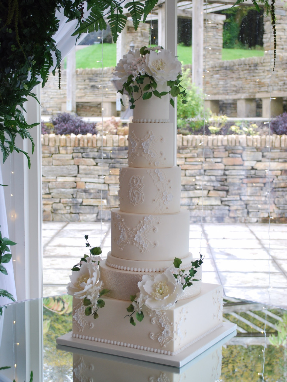 emma-stewart-wedding-cakes-ireland-scotl