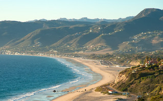 bigs-Point-Dume-View-of-Zuma-Beach-and-M