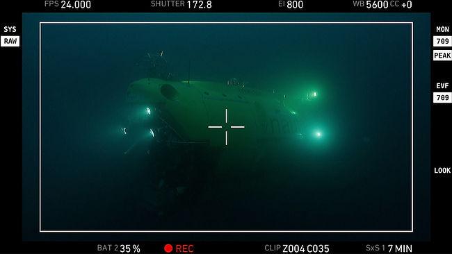 Prise de vue sous-marine. Underwater filming.