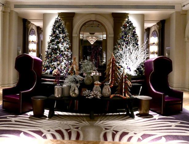 Foyer of Sheraton Grand Park Lane Hotel
