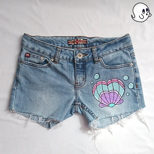 Heart Shell Hand Painted Denim Shorts - Womens Small (26)