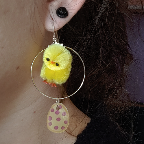 Chick and Dots Egg Dangle Earring