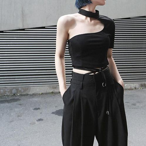 Haruna O-Neck Half Sleeve Backless Tee - Black