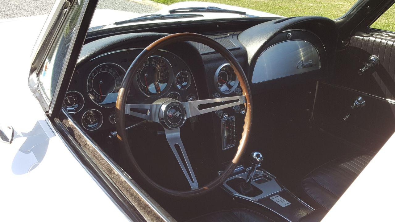 retro garage importateur voiture am ricaine chevrolet corvette de 1964. Black Bedroom Furniture Sets. Home Design Ideas
