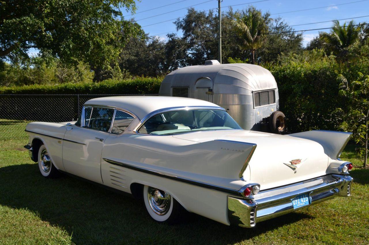 retro garage importateur voiture am ricaine deville 58. Black Bedroom Furniture Sets. Home Design Ideas