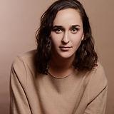 Lena Oren Headshot.jpg