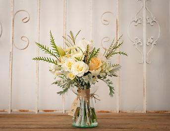 Bridal bouquet in San Francisco.jpg