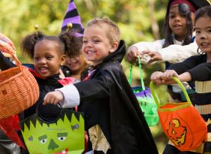 Halloween_CostumesForKids-north-shore-mama-expert-series