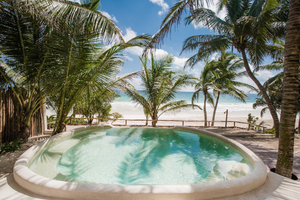Zorba's private pool overlooking the sea in Tulum.