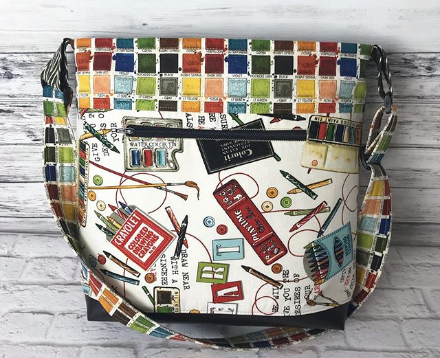 This large bag is a beauty ❤️ Palette, a