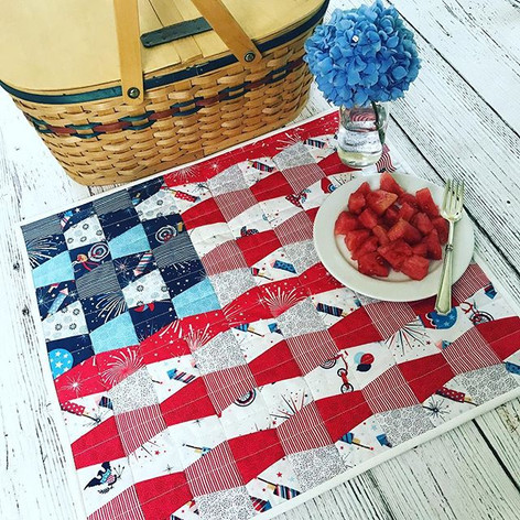 Happy 4th of July! 🇺🇸 Parade on Main b