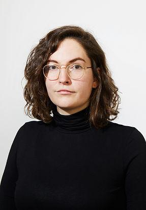Porträt Kuratorische Assistenz Pola van den Hövel