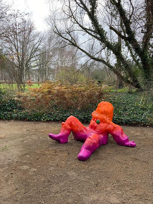 David Renggli, Scarecrow/Vogelscheuche (Pink Boy), 2020