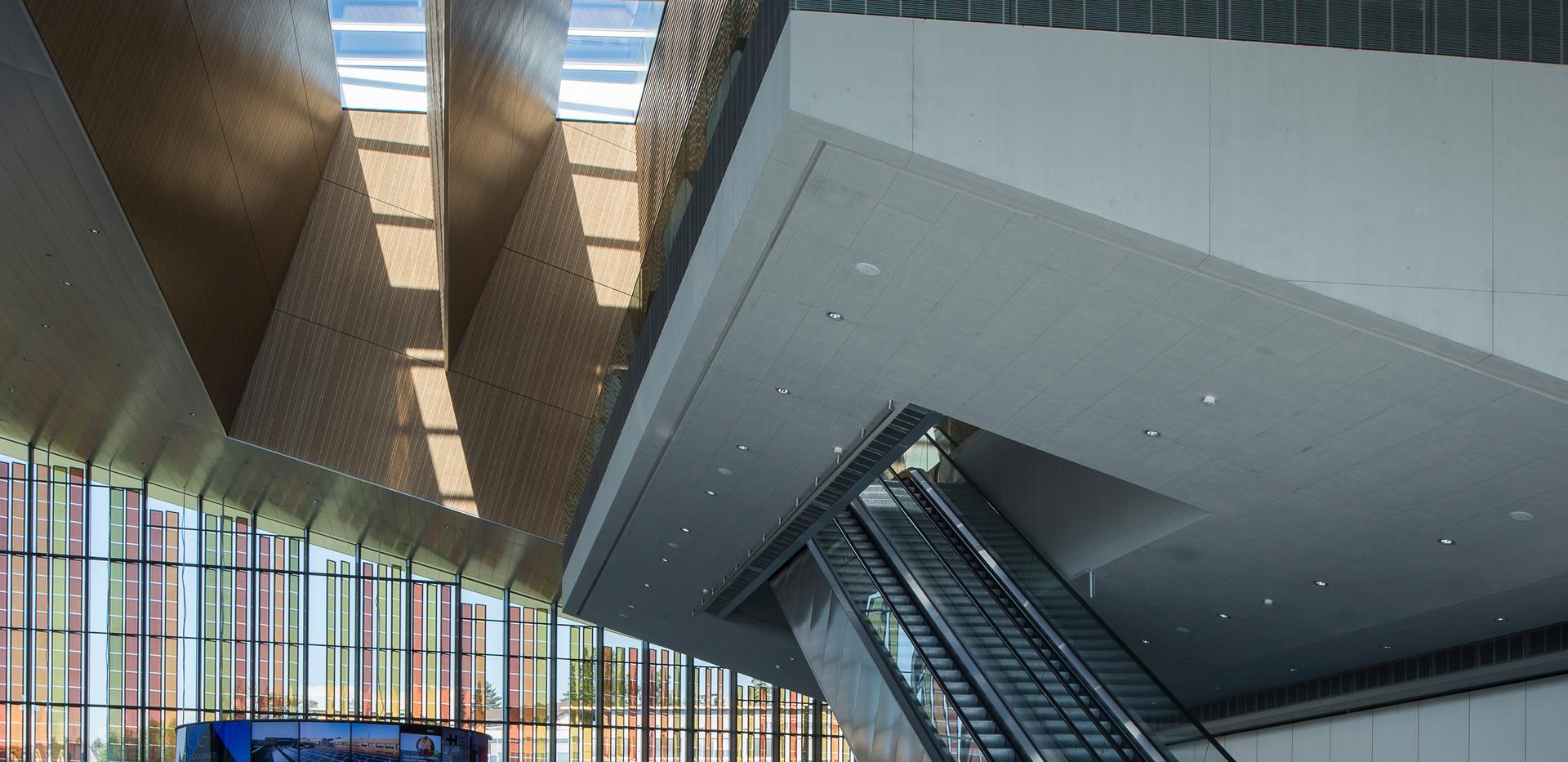 Foyer_Campus1_copyright_Adrien Barakat.j