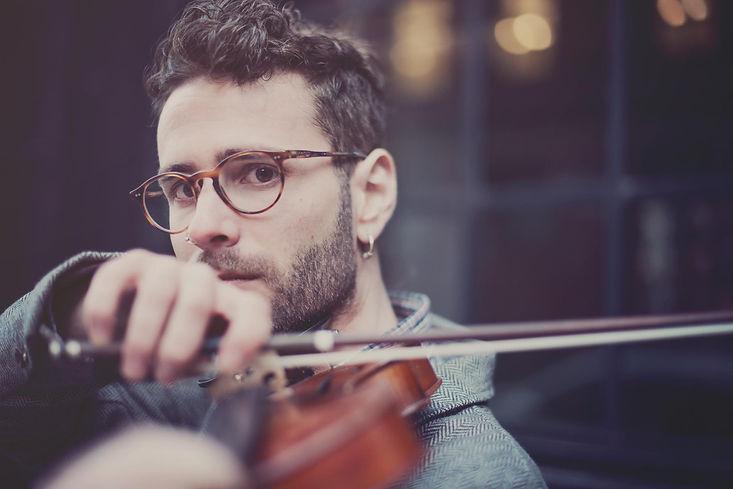 Ernesto Llorens - Violin & Composer (1)-