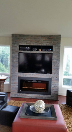 Custom Fireplace & Built-in Shelving