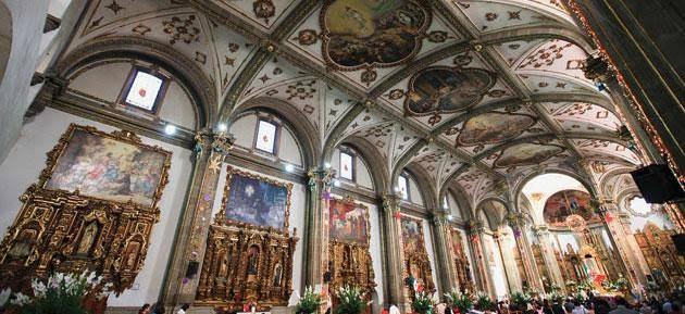 Interior del Templo de San Juan Bautista