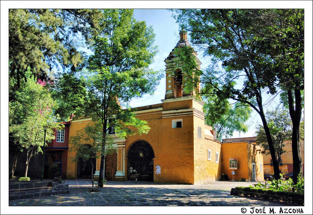 Plaza e Iglesia de Santa Catarina.jpg