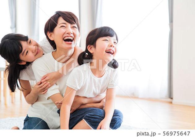 子ども2人とママ(まま).jpg