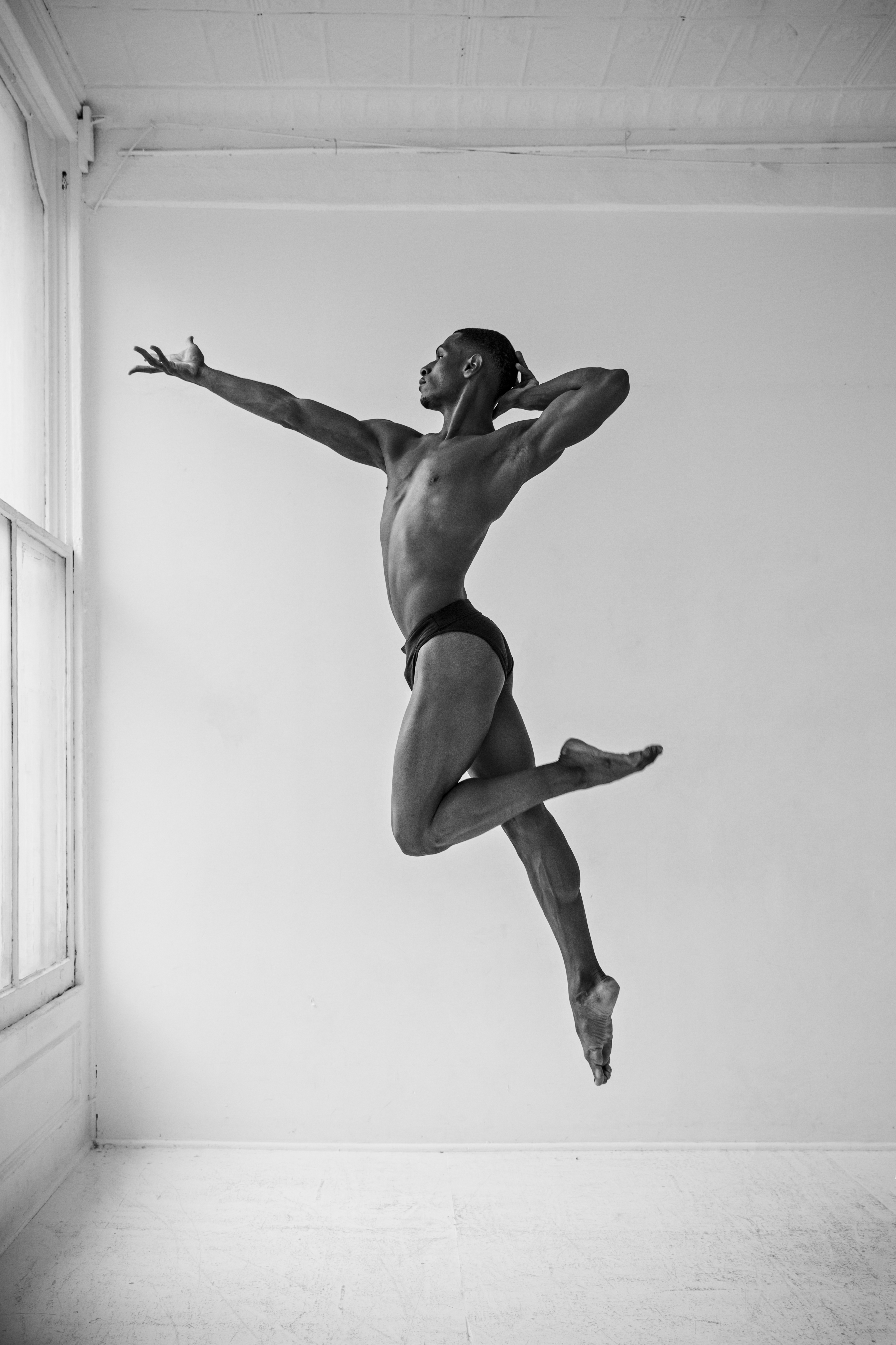 Dancer Zion jumping