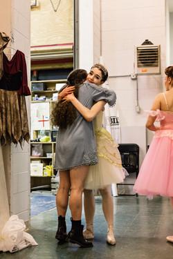 Ballerinas embrace