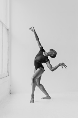 Dancer Jessica in motion
