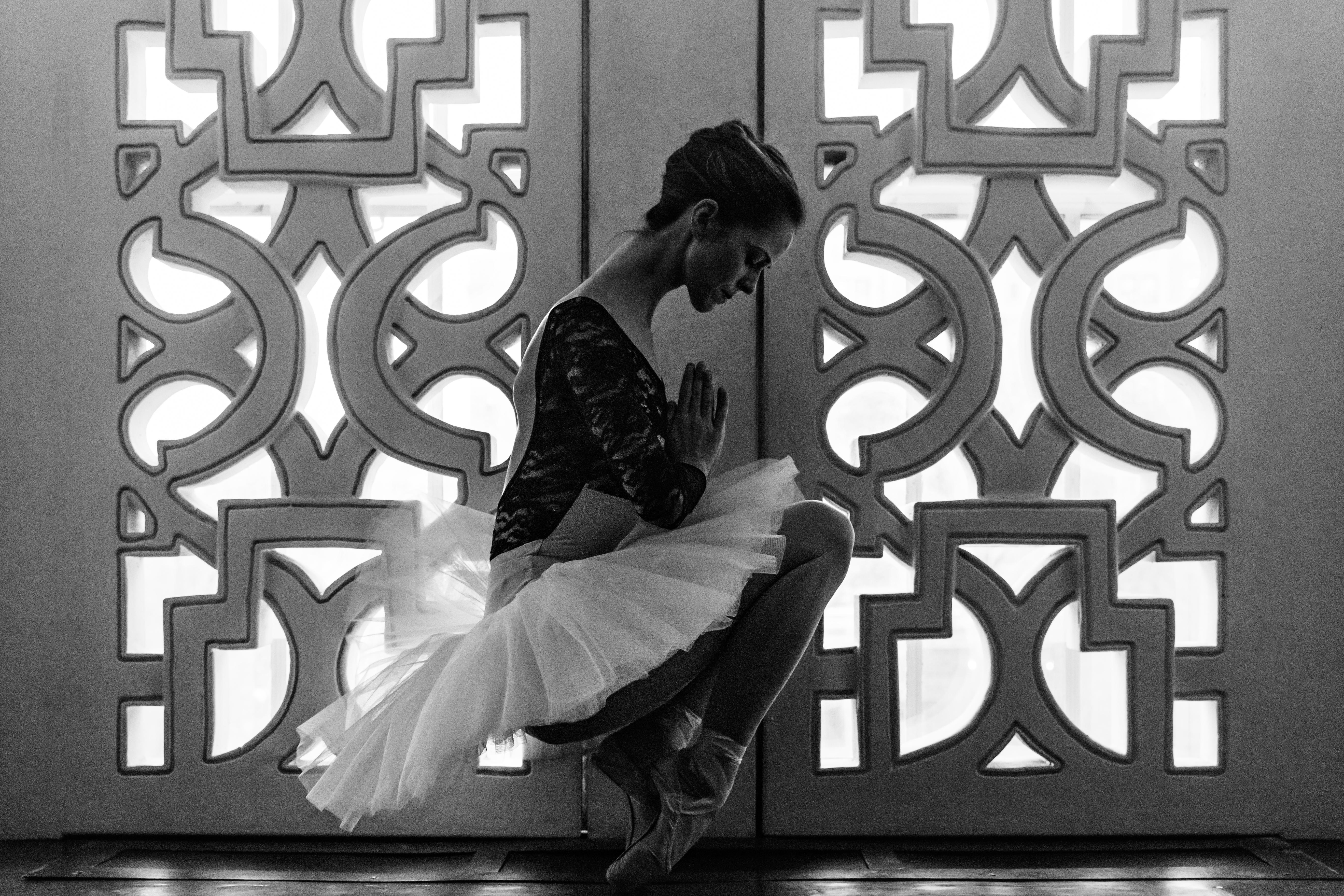 Ballerina in balance