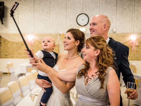Best Wedding Photo Sharing Apps and Chat Apps for Your Wedding