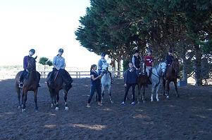 stage équitation angers corné