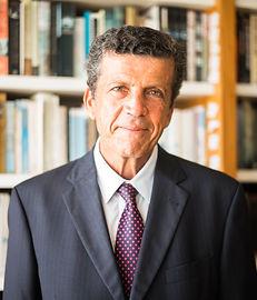 Claudio Frischtak.jpg
