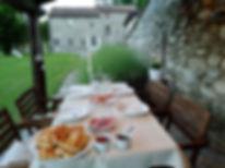 Cena in giardino.jpg