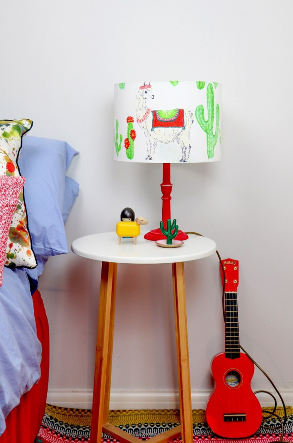 Kid's bedside table with colourful lamp